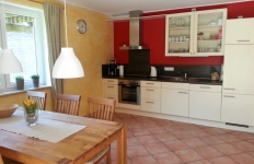 Die Küche in der Wohnung 1 Am Pappelwald